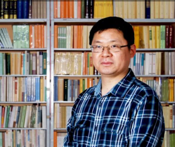 """杨永忠教授担任新华社""""�t望智库""""首批入驻专家"""