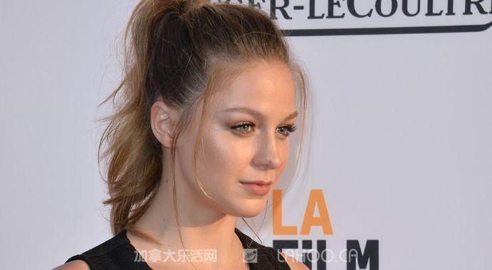 2012年,她主演了电影《pitch perfect》(完美音调).