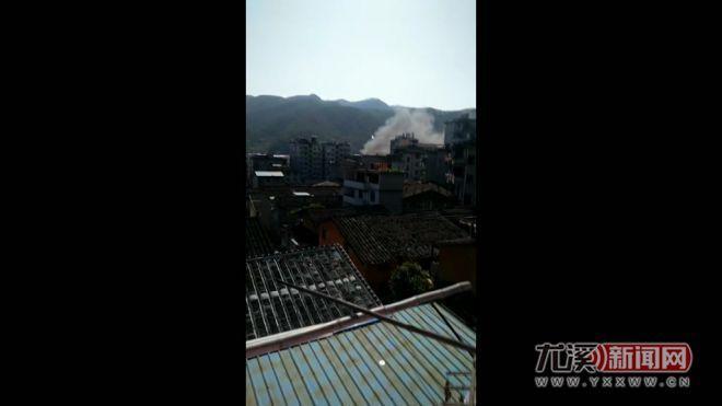 11日中午尤溪大埔山一民房失火 所幸未有人员伤亡