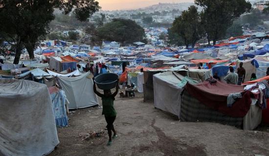 海地2010年地震后的灾民