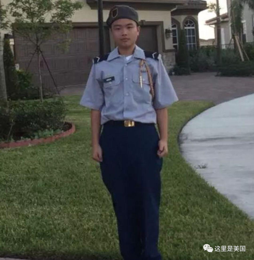 澳门赌博的网址:为保护同学遭枪杀的华裔少年,终于要被美国以荣誉军礼安葬了!