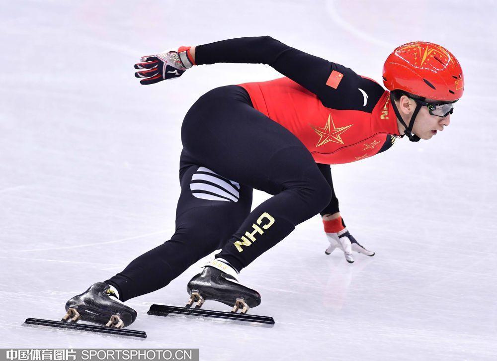 首金!武大靖500米力压两韩将 打破世界纪录夺冠