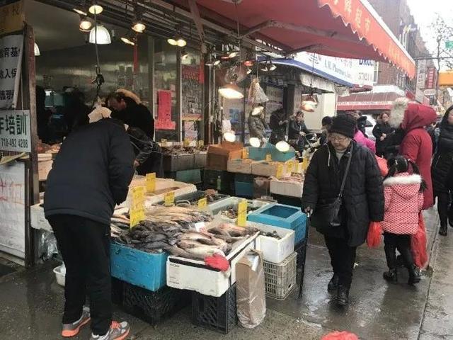 华人海鲜超市被罚1万美元,因为卖的鱼个头太小!