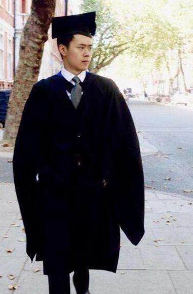《武林外传》学霸邱小冬成真!24岁哈佛读博士,帅气逼人!